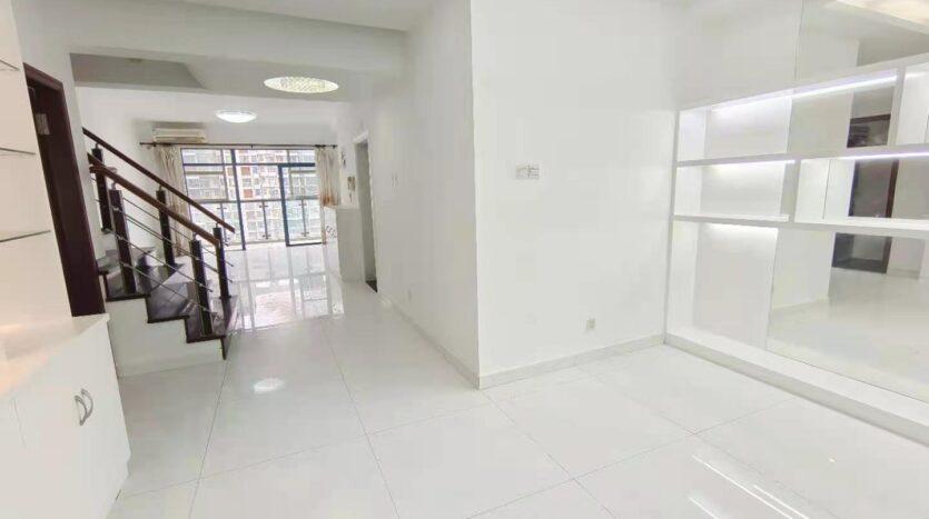 整租·宝安区桃源居17区 160平4房3卫 精装空房